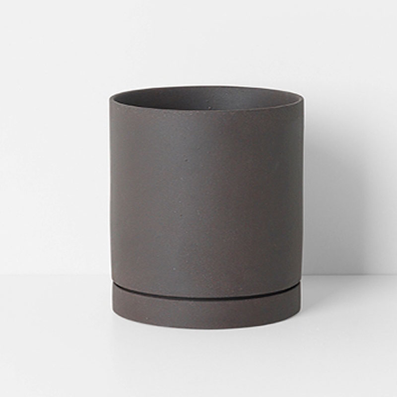 Ferm Living Danish Design Sekki Pot, Charcoal, Medium