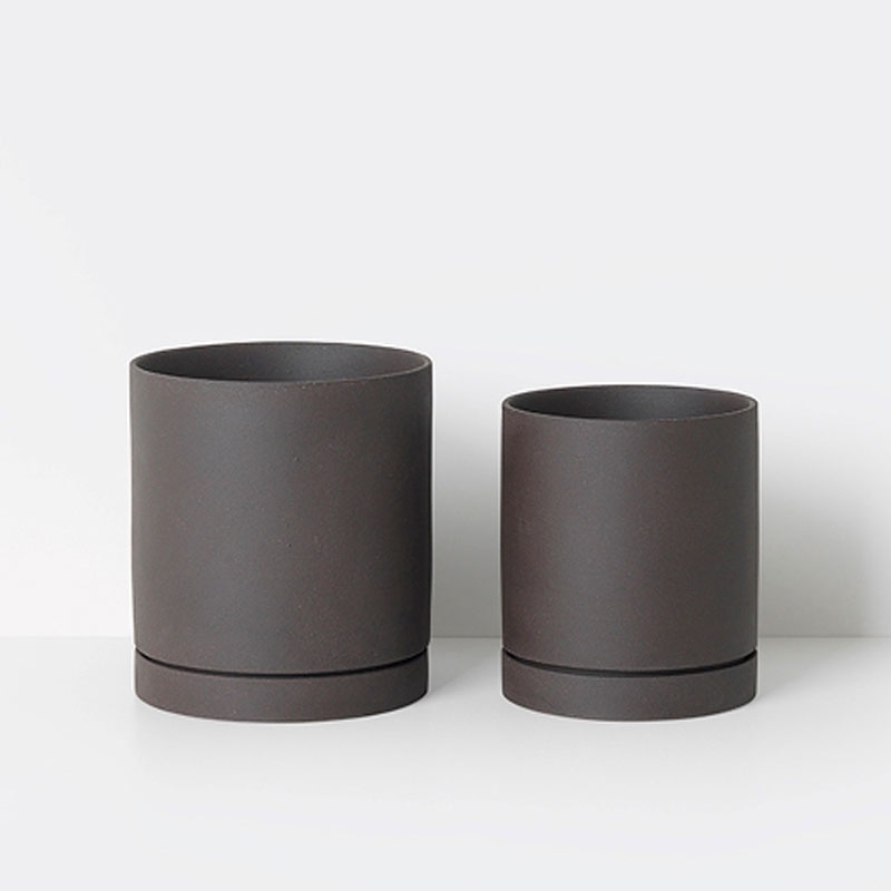 Skandivis Ferm Living Danish Design Sekki Pot, Charcoal, Large