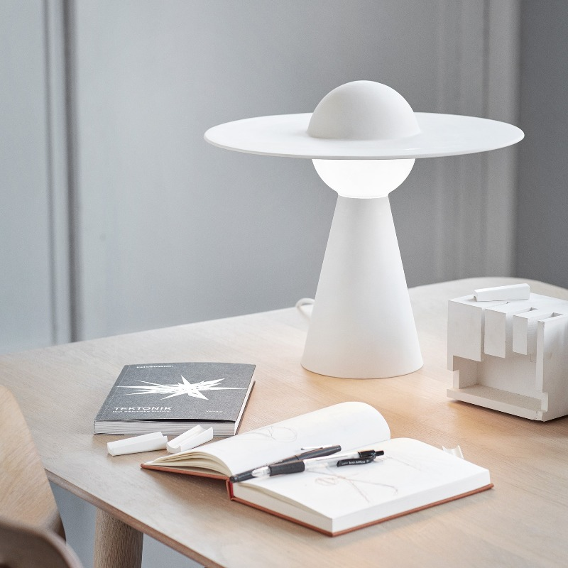 Ceramic Table Lamp By Moebe