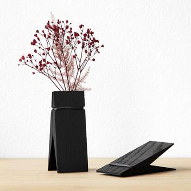 Moebe Pinch Wall Clip Black Stained Oak
