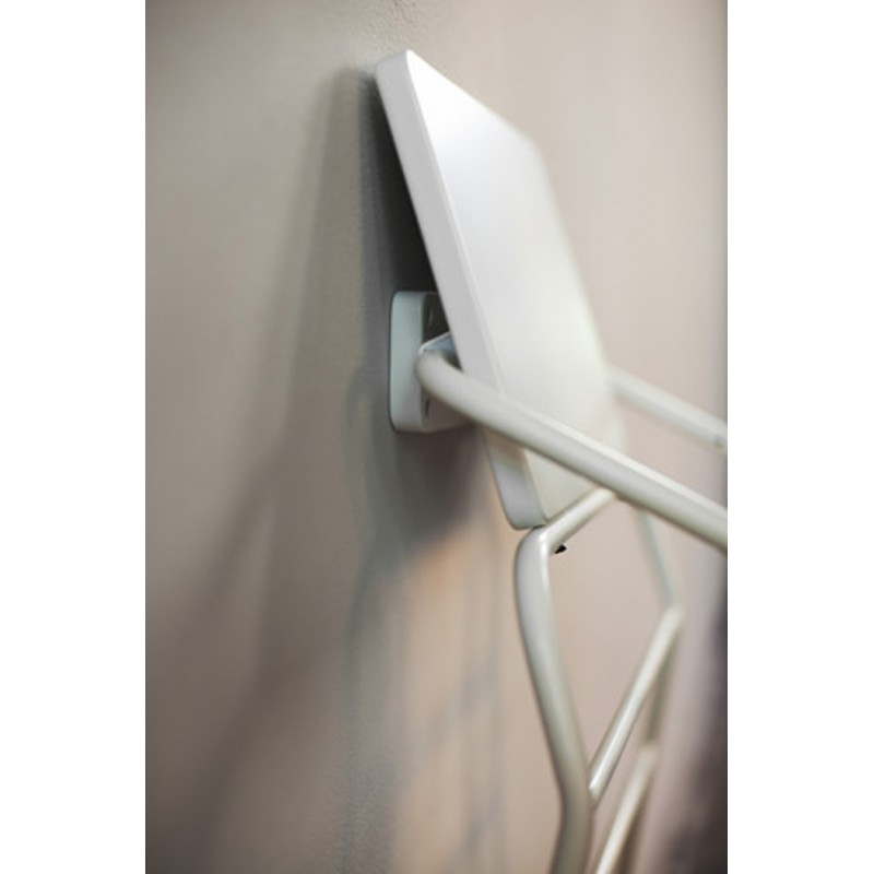 BudtzBendix Wall Hook For Tower High Chair White