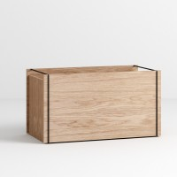 Storage Box in Oak and Black By Moebe